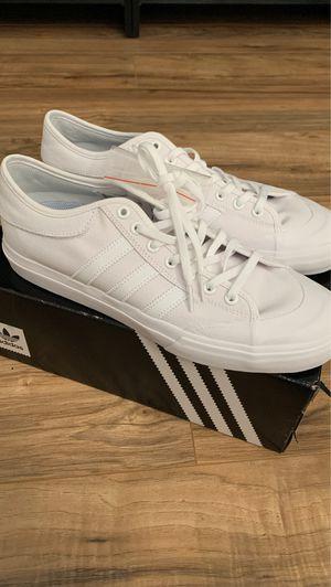 Adidas White Men Shoe Sz 10 Tan Sole NWT for Sale in Las Vegas, NV