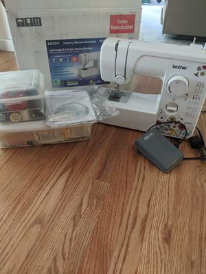 Sewing machine and accessories for Sale in West Bloomfield Township, MI