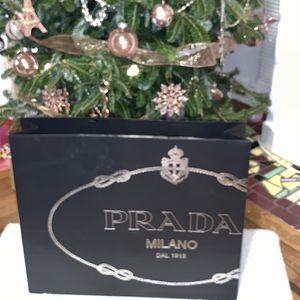 Prada Extra Large Shopping Bag for Sale in Miami, FL