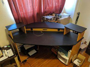 Corner desk for Sale in Redondo Beach, CA