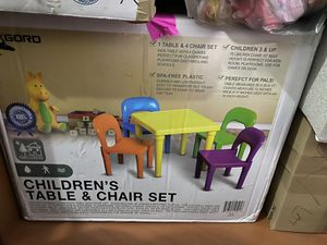 Children's table and chair set for Sale in Mesquite, TX