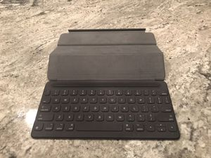 """Apple 9.7"""" Smart Keyboard for iPad Pro- Make Offer!!! for Sale in Paradise Valley, AZ"""