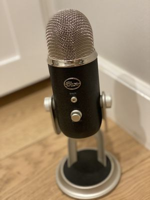 Blue 1967 Yeti Pro USB Condenser Microphone, Multipattern for Sale in Manhattan Beach, CA