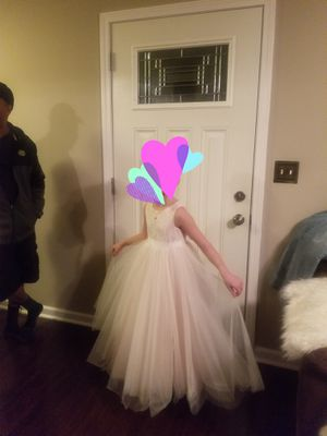 Davids bridal flower girl dress size 6 (fits 8yo who normally wears 7/8) for Sale in Parma, OH