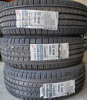 Kumho 235/65R17 104T Tires for Sale in Sacramento, CA