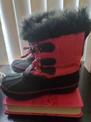 Girl Snow Boots for Sale in Loma Linda, CA