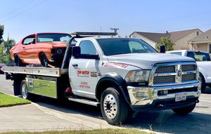 No Parts Flatbed Tow Truck for Sale in Compton, CA