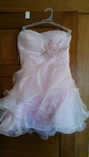 Dress for Sale in Saginaw, MI