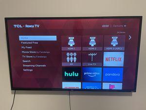 40 inch LED 3-series Roku Smart HD TV for Sale in Atlanta, GA