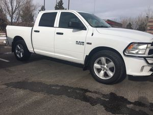 2015 Ram 1500 express 4x4 HEMI for Sale in Parker, CO