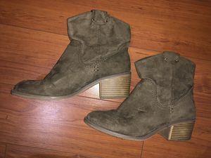 Merona suede booties for Sale in Houston, TX