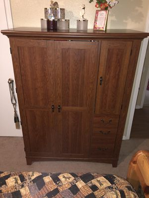 Mueble para computadora for Sale in Moore, OK