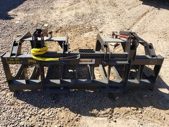 Brand New skid steer grapple bucket for Sale in Phoenix,  AZ