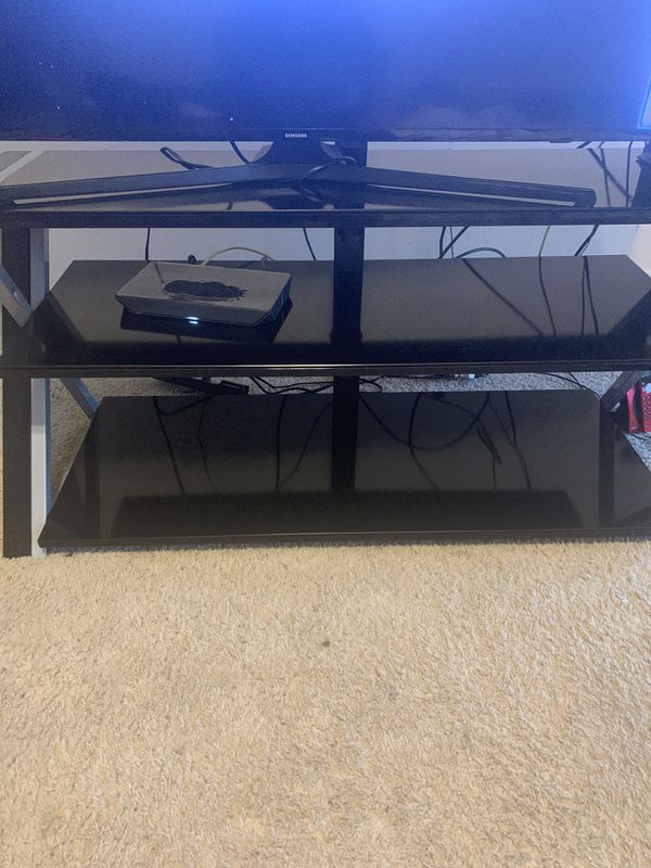 """MINT CONDITION 50"""" SAMSUNG SMART TV WITH REMOTE & POWER CORDS (HAUL AWAY ONLY) *will deliver for an small extra fee!"""