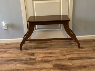 "Solid Wood Small Bench !!! 14"" D 22"" H 44"" W for Sale in Vancouver,  WA"