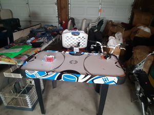 AIR HOCKEY TABLE,( WITH ALL PARTS,) for Sale in Diamond, IL