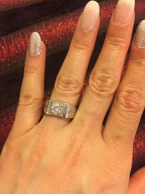 Unisex STAMPED 925 Sterling Silver Princess Cute Solitaire Ring for Sale in Paradise, NV