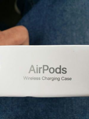 Wireless Charging Airpod 2nd GEN for Sale in San Diego, CA
