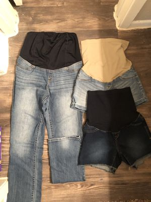 Maternity clothes for Sale in San Antonio, TX