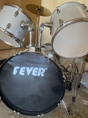 New drum set, 6 pieces. Fever for Sale in Bellflower, CA