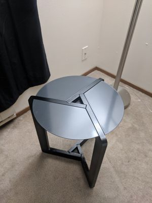 End table/ side table for Sale in Seattle, WA