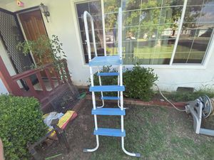 Pool ladder for Sale in Lindsay, CA
