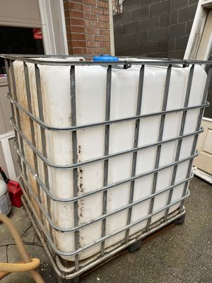 Water tank 330 gallon for Sale in Snellville, GA