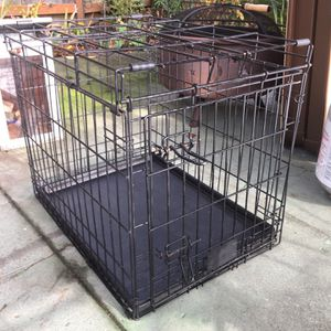 Free Dog Crate / Cage for Sale in Seattle, WA
