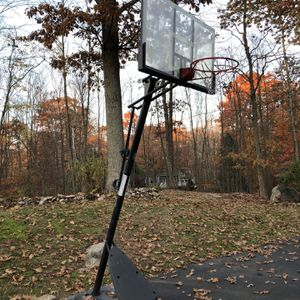 A Basketball Stand & Net! Must Go! for Sale in Shelton, CT