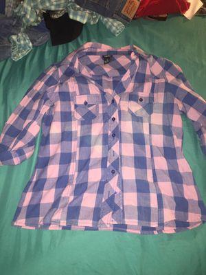 Rue 21 Ladies Flannel for Sale in Appomattox, VA