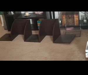 Dark brown corner shelf for Sale in Las Vegas, NV
