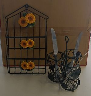 Kitchen sunflower wall mail key holder & utensil cady set for Sale in San Diego, CA