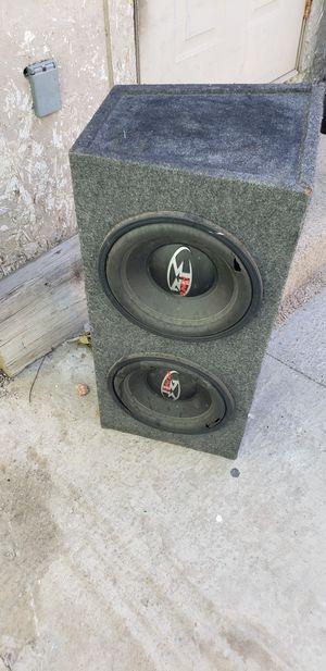 Cajón para bass las bocinas no sirven cajon en buenas condiciones for Sale in Las Vegas, NV