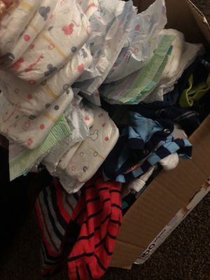 29 diapers newborn -3mo. for Sale in Fresno, CA