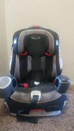 Car seat convertible for Sale in Huntington Park, CA