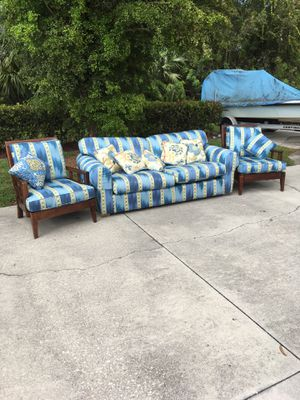 Like New Couch & Chairs DELIVERY AVAILABLE 🚗 for Sale in Bonita Springs, FL