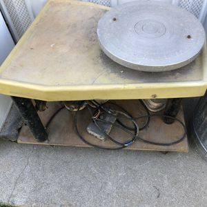 Electric potters wheel with pedal for Sale in North Highlands, CA