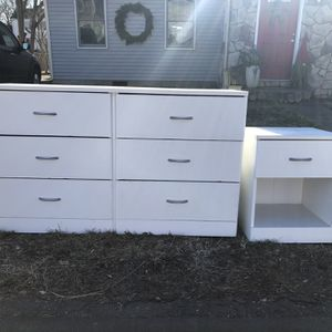 Free To A Good Home! Matching White Dresser and Nightstand for Sale in Milford, CT