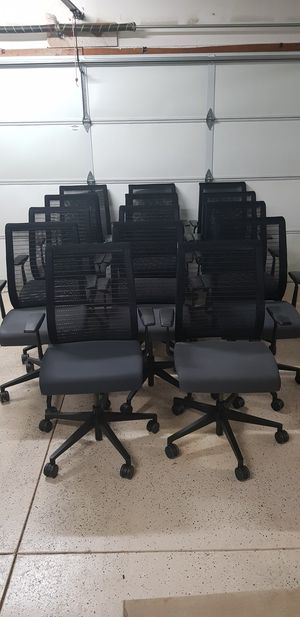 Steelcase Think 465 Series Office Chair, Computer Desk Rolling Gaming Swivel Chair for Sale in San Diego, CA