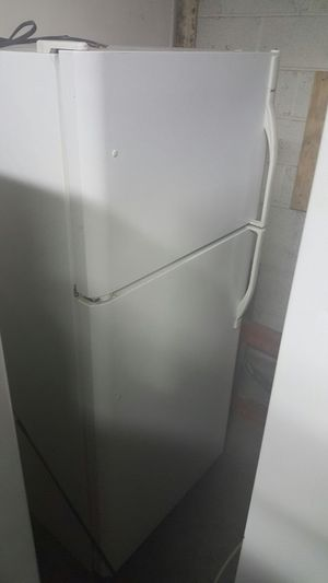 Refrigerator for Sale in Philadelphia, PA