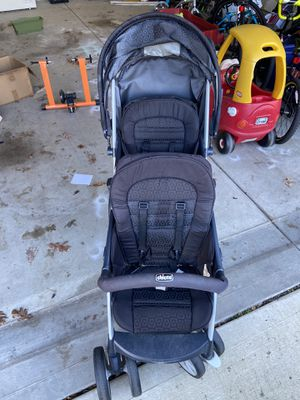Chicco double stroller for Sale in Lexington, SC