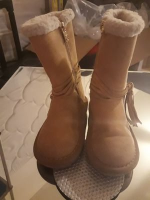 Warm girl boots size 8 MK for Sale in El Cajon, CA