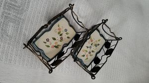 Pyrex dish holders to hold your hot dishes on the table for Sale in Lowell, MA