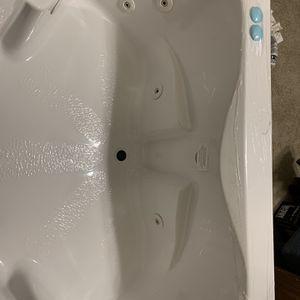 Whirlpool Corner Hot Tub for Sale in Surprise, AZ