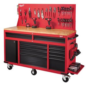 MILWAUKEE TOOL BOX for Sale in Sanger, CA