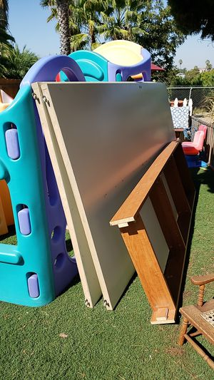 Free closet doors/shelf for Sale in National City, CA