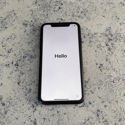 iPhone XR Black 64g Unlocked for Sale in Denver,  CO