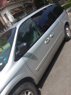 06 minivan for Sale in Chicago, IL