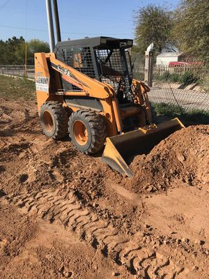 Skid steer / Bobcat ... dump trailer for Sale in Phoenix, AZ