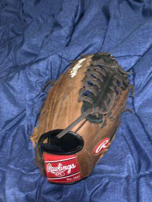 Rawlings baseball glove - size regular for Sale in Mesa, AZ